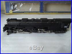 AHM Riverossi 4-6-6-4 Challenger Union Pacific Locomotive 5113-02 3967 HO SCALE