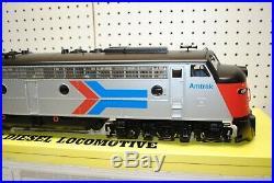 Aristo-Craft ART-23613 Amtrak #411 EMD E8 Diesel Locomotive G-Scale