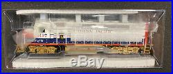 Athearn Genesis HO Scale RTR Southern Pacific Bicentennial GP40P-2 Engine #3197