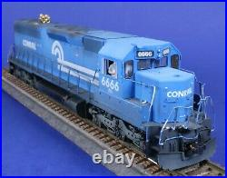 Athearn HO Scale Weathered Conrail 6666 Powered Diesel Engine with DCC & Sound