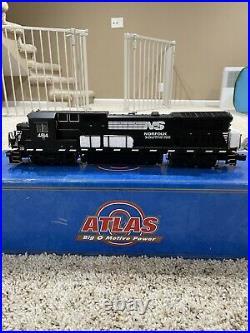 Atlas o scale Norfolk Southern 8-40b 3 rail locomotive W/ TMCC