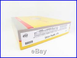 HO Scale Athearn 88669 UP Union Pacific Gas Turbine Locomotive #X-74 with Tender