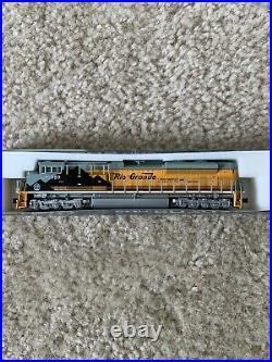 Kato n scale locomotive sd70ace