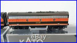 N Scale KATO F7 A&B'Great Northern' Both Powered DCC Ready Item #106-0420