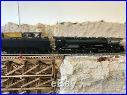 N scale steam locomotive athearn challenger 4-6-6-4 dcc/sound union pacific