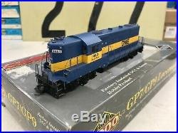 Proto 2000 HO Scale GP9 PH3 DM&E Powered Locomotive with DCC and Sound #1463 RTR