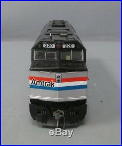 Rapido 80043 HO Scale Amtrak F40PH Phase III Diesel Locomotive/Box