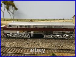 TrainOrama, 930 Class Locomotive, HO Scale, SAR Silver Roof, 930