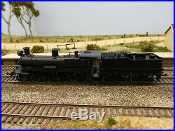 VR D3 Class 4-6-0 Steam Locomotive, HO Scale, D3 613 Black with Shunter's Steps